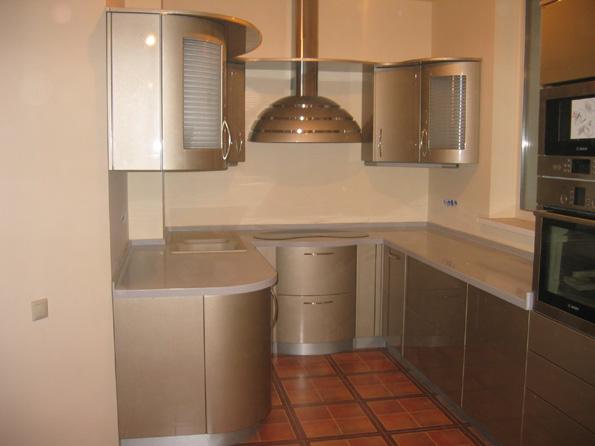 Дизайн кухни с встроенной техникой фото